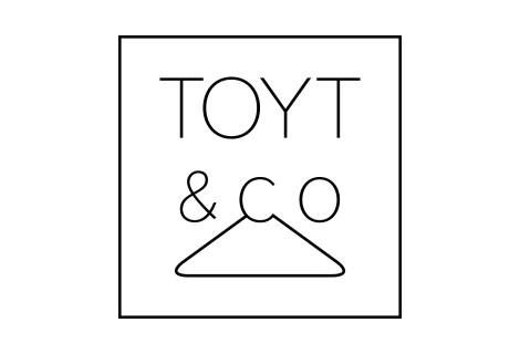 LOGO : TOYT&co